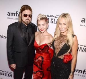 Tish Cyrus : accident téton sur tapis rouge pour la maman de Miley