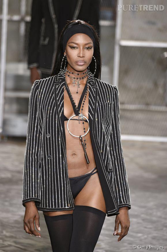 Naomi Campbell toujours au top à 45 ans au défilé Givenchy homme Printemps-Été 2016.