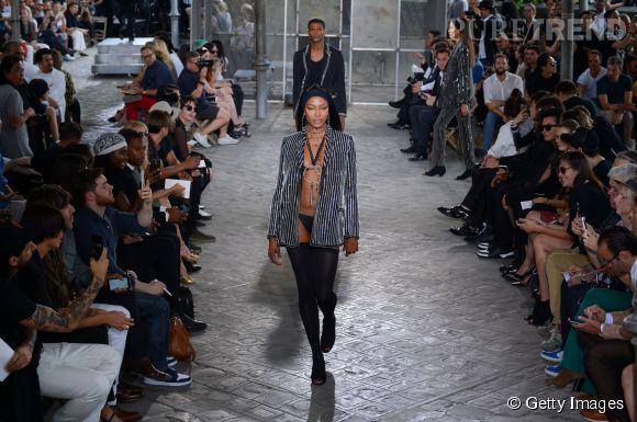 Naomi Campbell la bombe du défilé Givenchy homme Printemps-Été 2016.