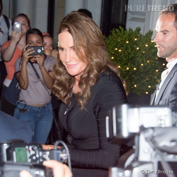 Caitlyn Jenner à la sortie d'un restaurant à New York le 29 juin 2015.