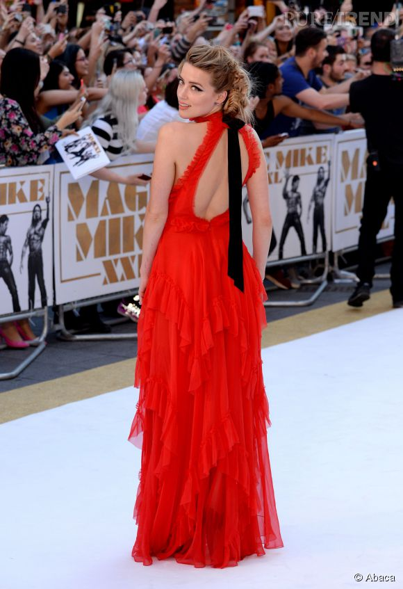 """Amber Heard à la première de """"Magic Mike XXL"""" à Londres le 30 juin 2015."""