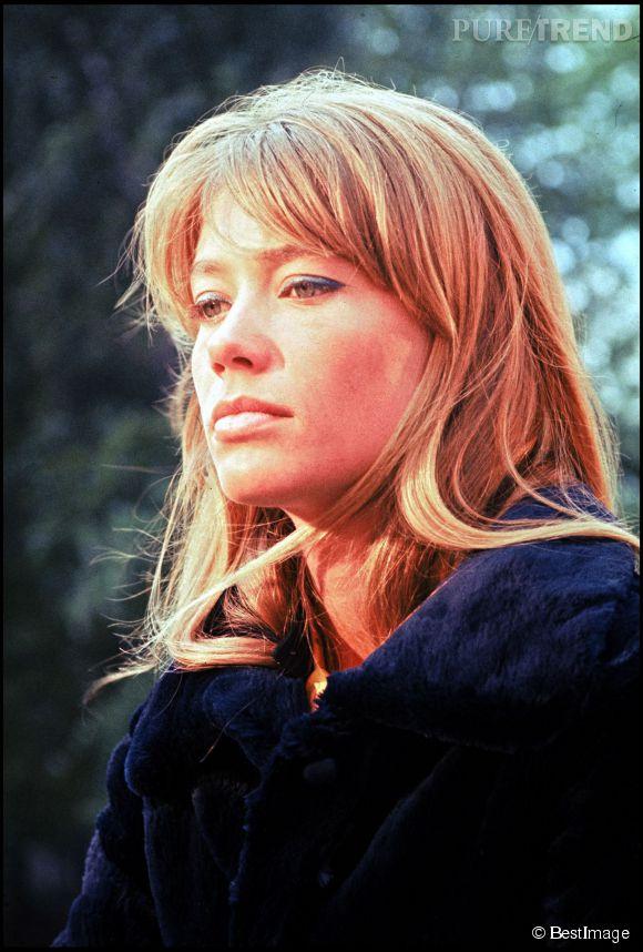 Françoise Hardy, une icône des sixties qui vient de vivre une période très difficile et qui redoute l'avenir.