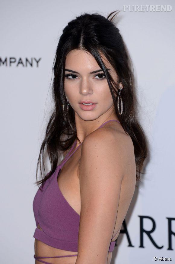 Kendall Jenner fait toujours sensation sur tapis rouge... mais pas que.