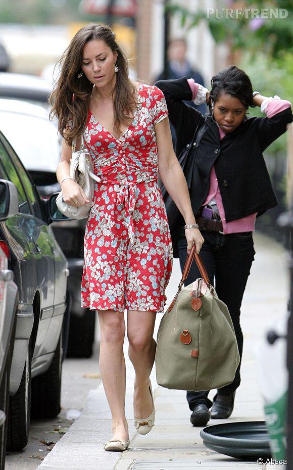 En 2007 déjà, Kate Middleton avait adopté les robes fleuries.