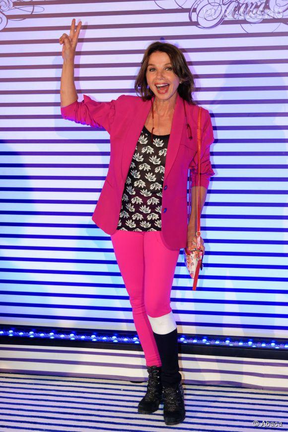 Même en pantalon, Victoria Abril arrive à nous séduire.