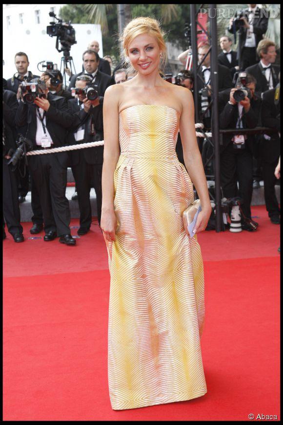Ariane Brodier très en beauté sur le tapis rouge du Festival de Cannes.