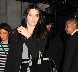 Kendall Jenner : la robe crayon... A shopper !