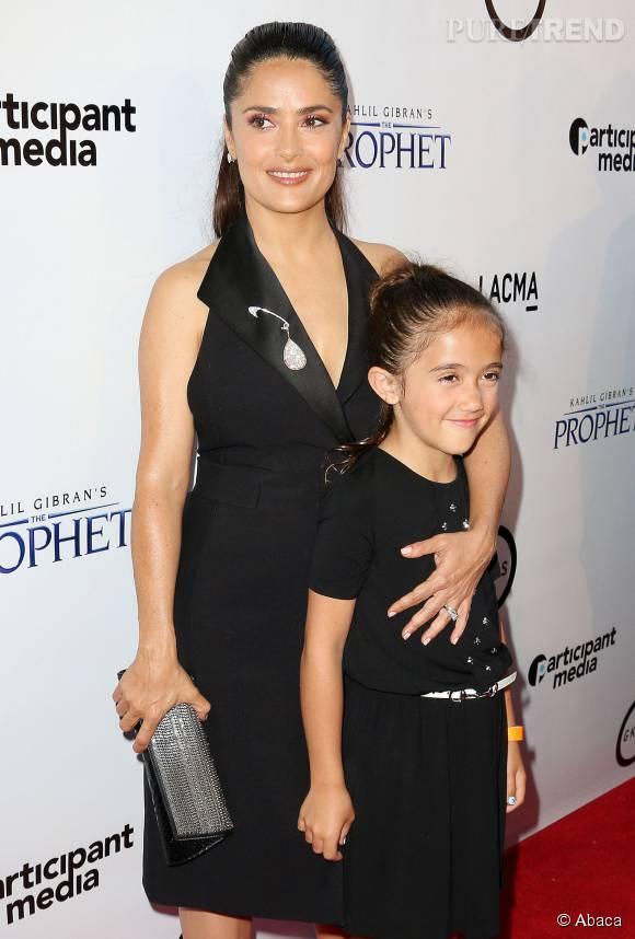 Salma Hayek et sa fille Valentina, complices sur tapis rouge.
