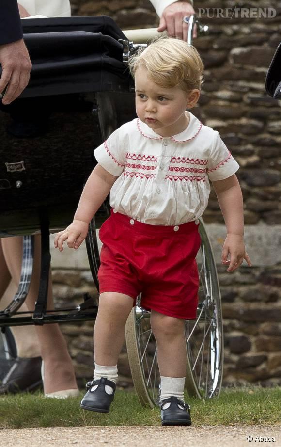 Le petit prince a été couvert de cadeaux !