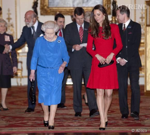 Kate Middleton aux côtés de la redoutable grand-mère de son mari.