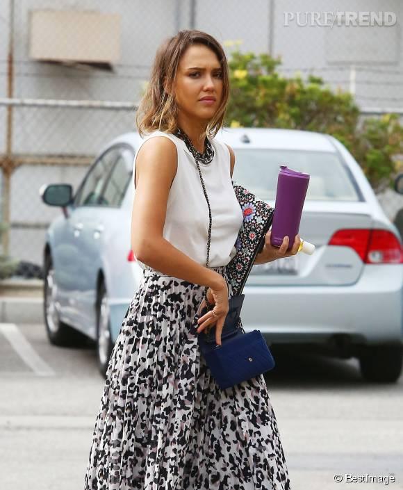Jessica Alba, canon pour aller travailler ce jeudi 30 juillet à Santa Monica