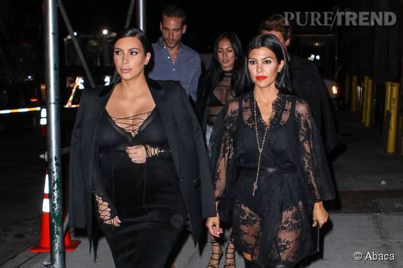 Kim et Kourtney Kardashian : encore une apparition très dénudée à New York.