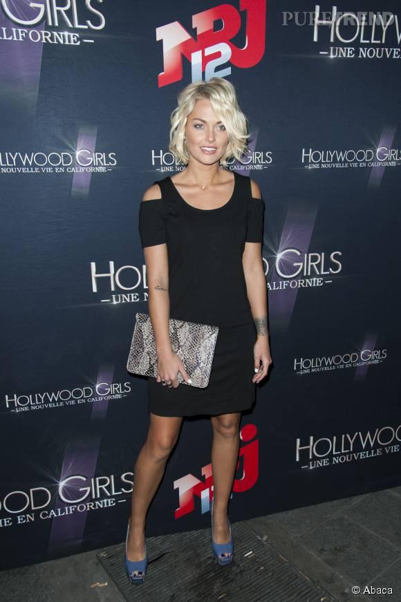 Caroline Receveur adorable dans sa petite robe noire.
