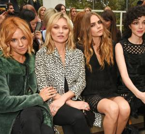 Kate Moss, Cara Delevingne, Sienna Miller... : Front row VIP chez Burberry