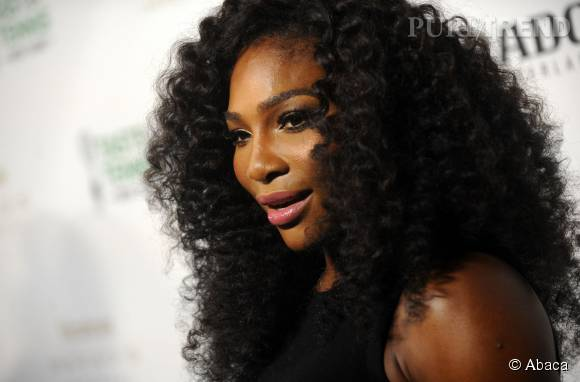 Serena Williams, nouveau visage du très sexy calendrier Pirelli 2016.