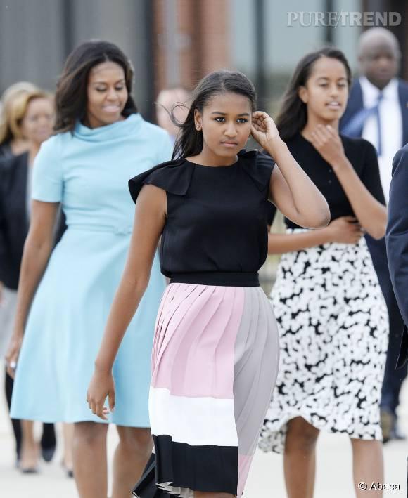 Michelle Obama a mis ses filles au pas : pour rencontrer le pape, on ne dévoile pas ses genoux !