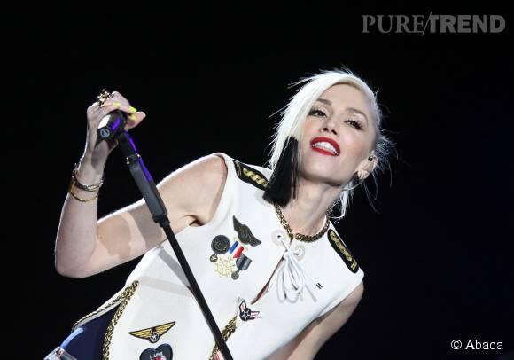 Gwen Stefani toujours sexy et excentrique en concert.