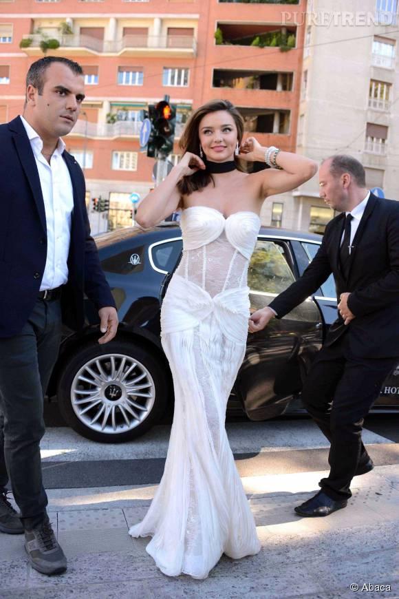 Miranda Kerr, sublime invitée d'honneur à la Fashion Week de Milan.