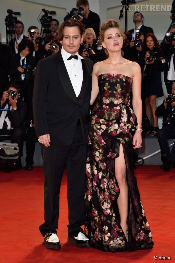 Amber Heard et Johnny Depp, très amoureux au Festival international du film de Toronto.