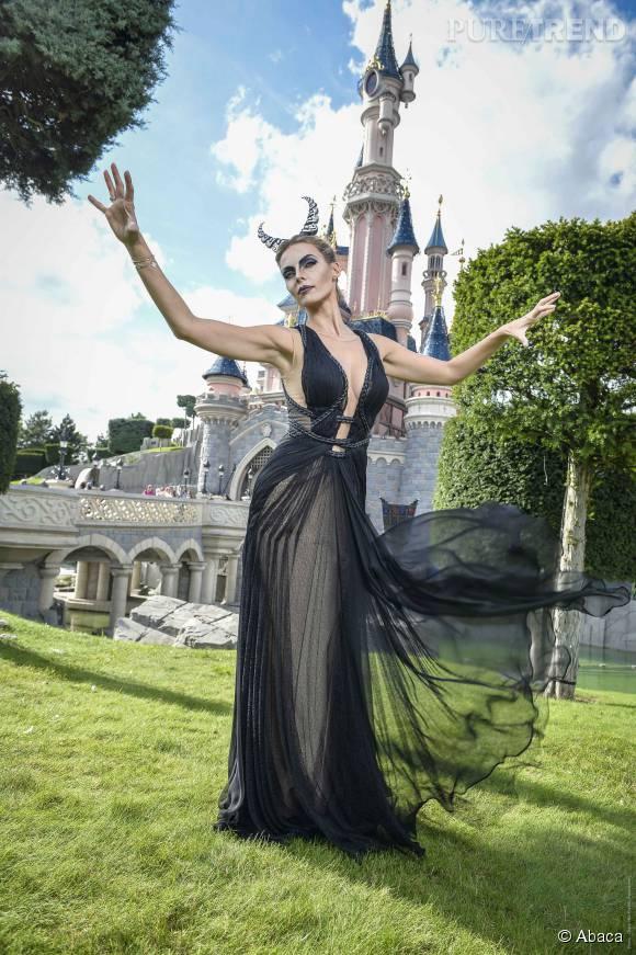 Sylvie Tellier transformée en Maléfique à Disneyland Paris.
