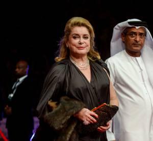 Catherine Deneuve : recyclage de robe à Dubaï pour l'icône française