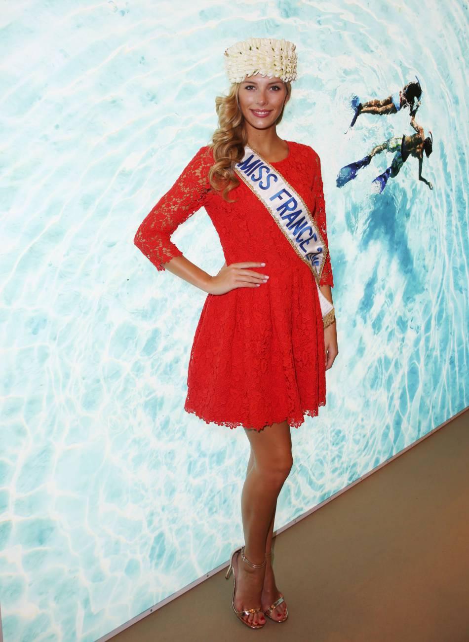 Camille Cerf rendra sa couronne de Miss France le 19 décembre prochain. Elle va pouvoir relâcher la pression !