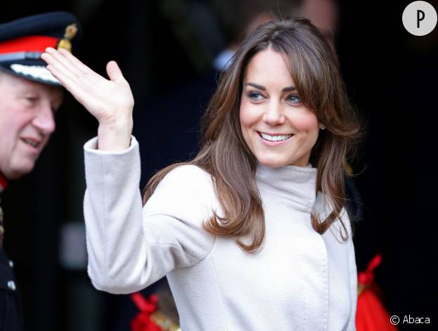 Kate Middleton en visite à Cambridge en novembre 2012.