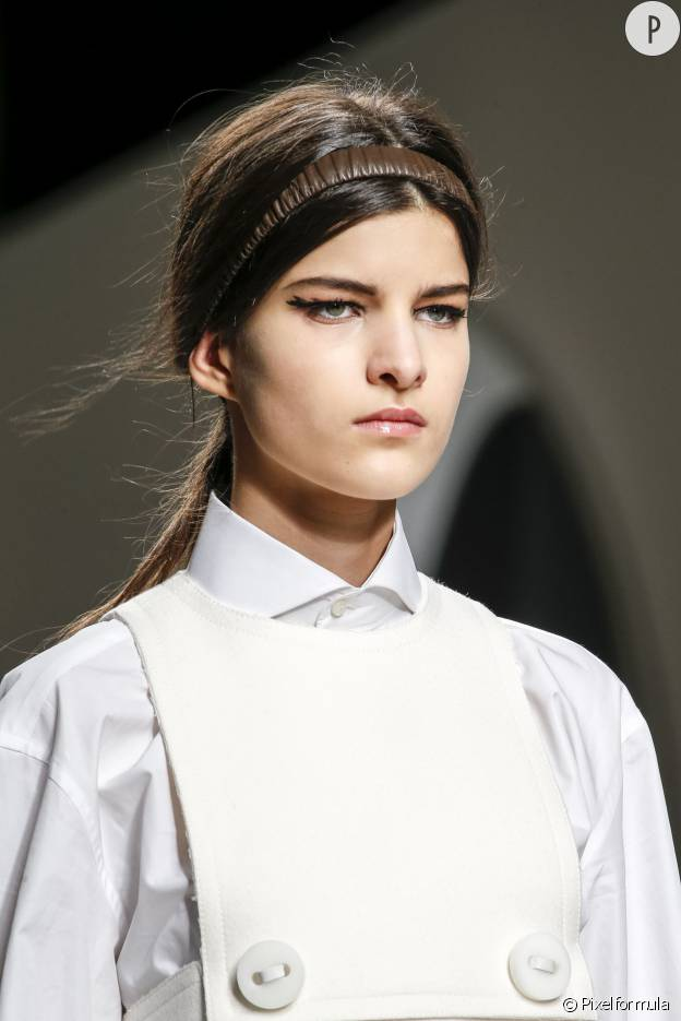 Hiver 2015-2016 Fendi : Le headband sophistiqué.
