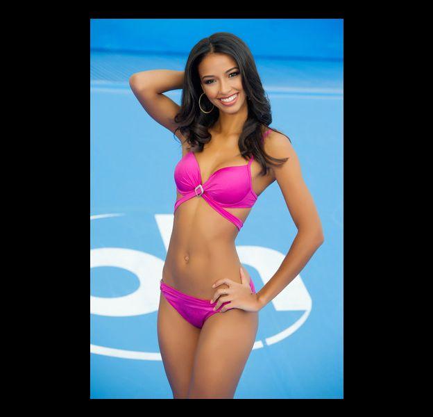 Miss France Flora Coquerel prétendante au titre de Miss Univers 2015.