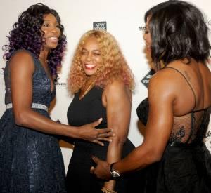 Venus et Serena Williams avec leur maman Oracene Price.