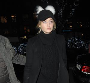 Gigi Hadid : skinny en cuir lacé, c'est le pompon... A shopper !