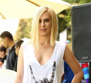 Rumer Willis continue sa métamorphose.