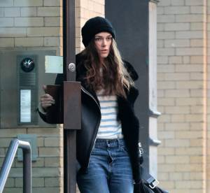 Keira Knightley : le jean boyfriend à la cool.. A shopper !