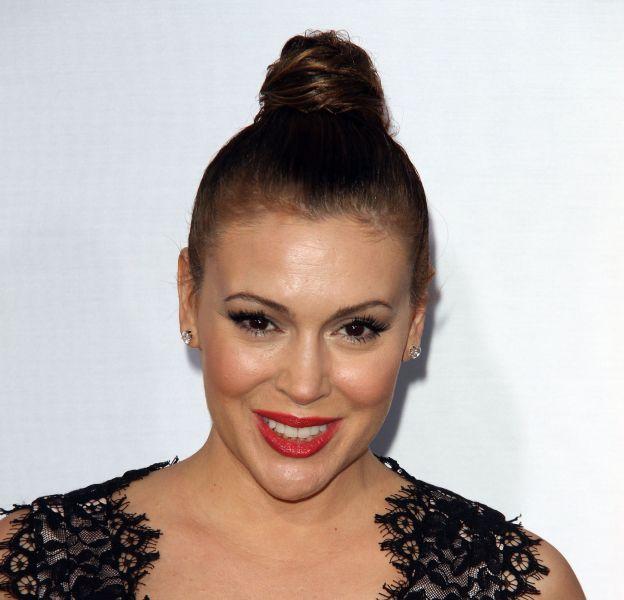 Alyssa Milano a changé de coupe de cheveux ! Exit les longueurs, elle passe au court !