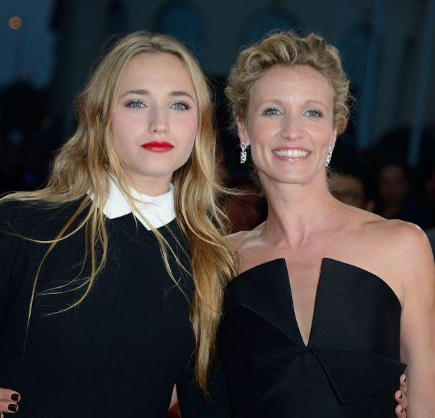 Alexandra Lamy et Chloé Jouannet, un duo mère-fille très complice.