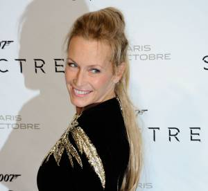 "Estelle Lefébure : ""No make up selfie"" très sexy pour la jolie blonde de 49 ans"
