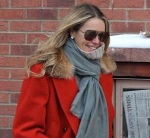Elle Macpherson, sa leçon de style pour braver le froid... on la copie !