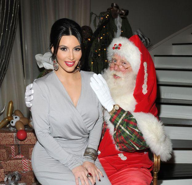 Kim Kardashian très gâtée pour ce Noêl 2015.