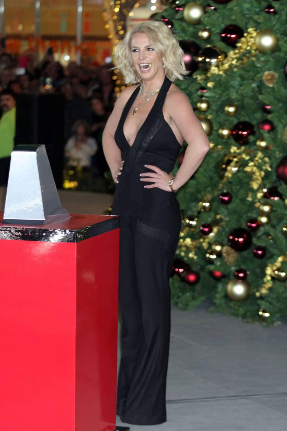Britney Spears remonte sur scène après un long moment d'absence.