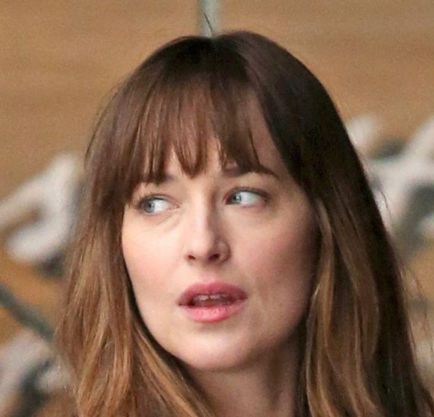 "Dakota Johnson et Jamie Dornan sur le tournage de ""Fifty Shades Darker"" ce mercredi 3 mars 2016."