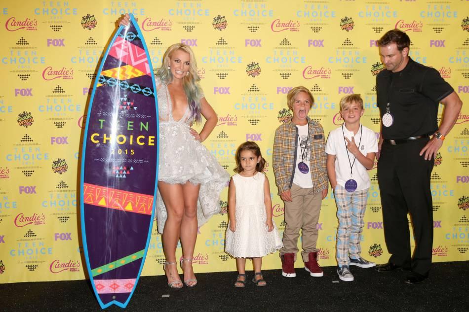 La pop star était venue en famille avec sa nièce, ses deux fils et son frère.