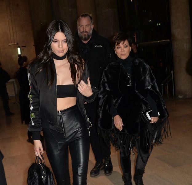 Kendall Jenner à son arrivé au défilé de mode Off-White ce mardi 8 mars 2016 à Paris.