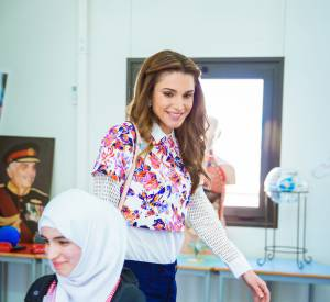 Rania de Jordanie, un look fleuri joliment printanier.