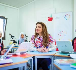 Rania de Jordanie toujours aussi radieuse.