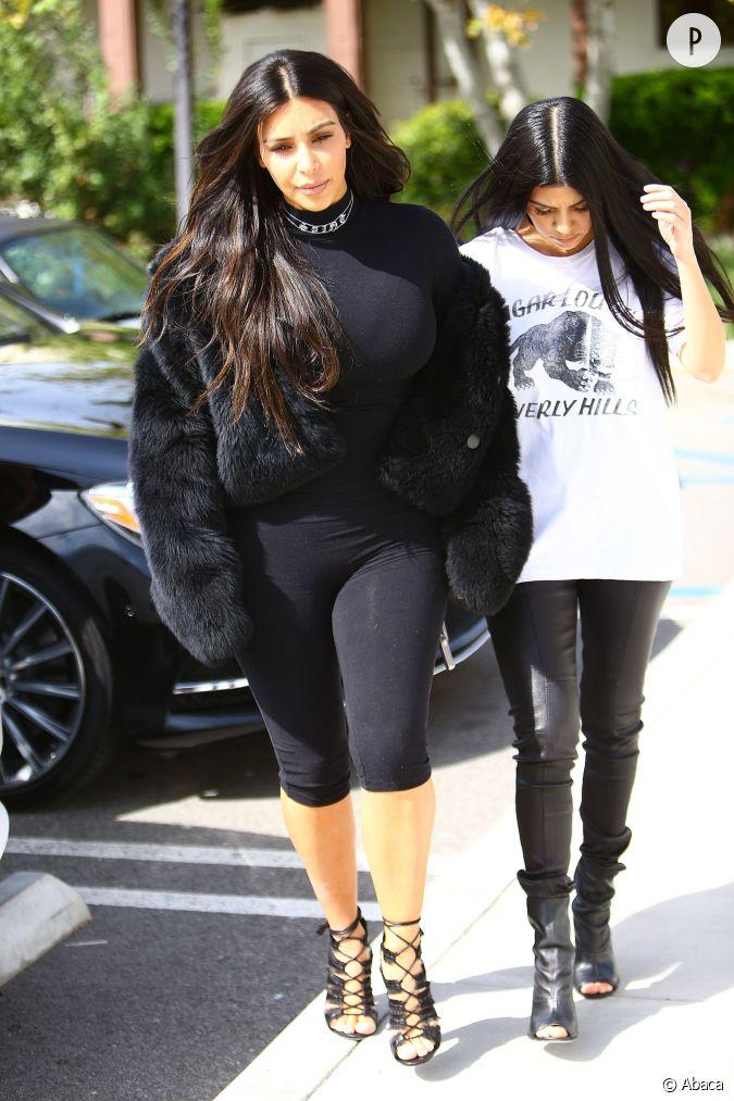 kim kardashian a fait des adeptes de nombreux fans se sont d voil s comme elle en tenue d 39 eve. Black Bedroom Furniture Sets. Home Design Ideas