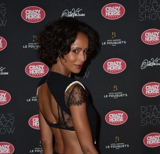 Sonia Rolland dévoile un dos nu ultra sexy chez Dita Von Teese.