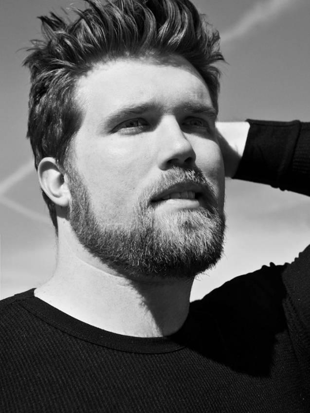 """Acteur, écrivain et désormais mannequin, Zach Miko est l'ambassadeur de """"brawn"""", le nouveau département grande taille d'IMG Models."""