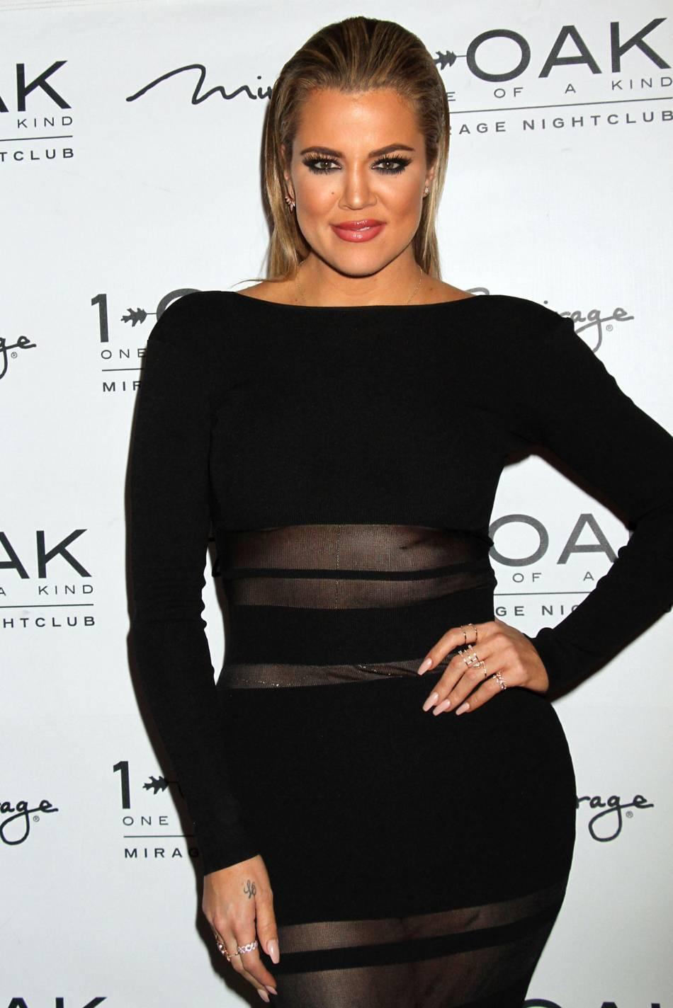 Khloe Kardashian, provocante et canon que les réseaux sociaux.