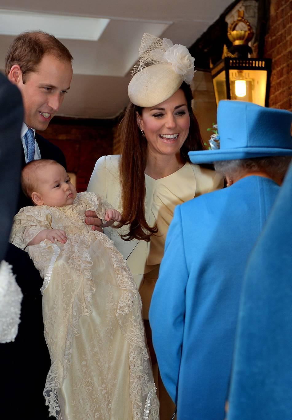 Elizabeth II est particulièrement fière de son arrière-petite-fille Charlotte.
