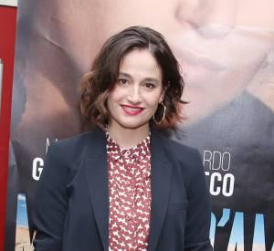 """Marie Gillain, ravissante pour l'avant-première de son film """"Mirage d'amour avec fanfare"""", le 21 mars 2016 à Paris."""
